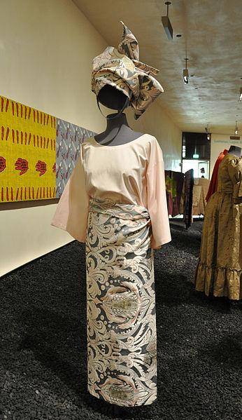 977336c9d197 Poznáte najkrajšie tradičné odevy sveta
