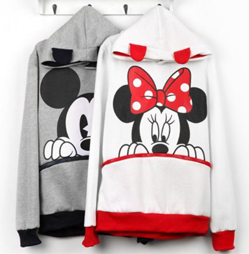 96dcbb1920b Jedinečný Mickey Mouse plní výklady známych značiek!