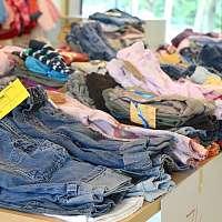 3 tipy ako naložiť s prebytočným oblečením