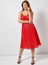 Červené čipkované šaty na ramienka Dorothy Perkins