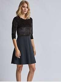 Čierne zamatové šaty Dorothy Perkins