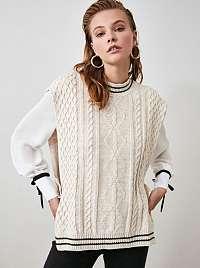 Krémová pletená vesta Trendyol