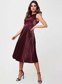 Little Mistress bordové šaty s plisovanou sukňou