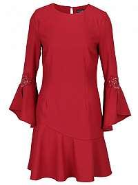 Little Mistress červené šaty s volánovými rukávmi a s výšivkami