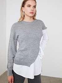 Šedo-biely sveter Trendyol