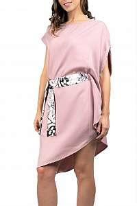 Simpo púdrové asymetrické šaty Storm s opaskom