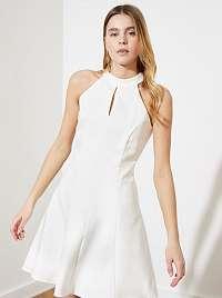 Trendyol biele šaty
