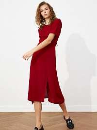 Trendyol bordové midi šaty
