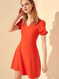 Trendyol červené šaty s nariasenými rukávmi