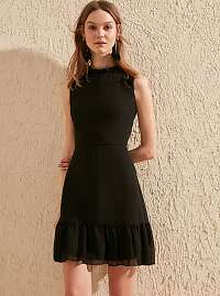 Trendyol čierne elegantné šaty s volánom