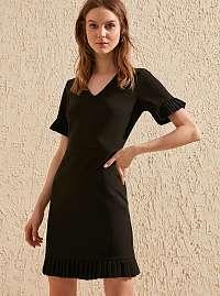 Trendyol čierne letné šaty s volánovými rukávmi