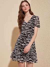 Trendyol čierne letné šaty so vzormi