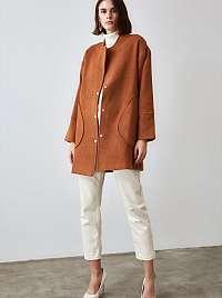 Trendyol hnedé kabát