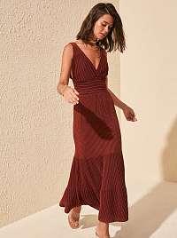Trendyol hnedé maxi šaty s prúžkami