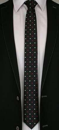 Čierna kravata s bielo-červenými bodkami