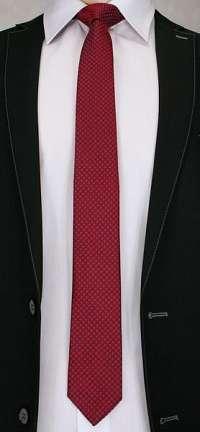 Jedinečná červená kravata