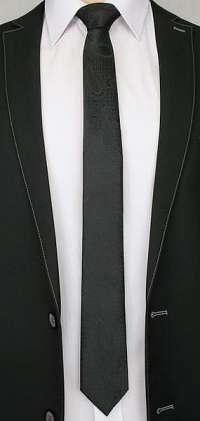 Moderná vzorovaná čierna kravata