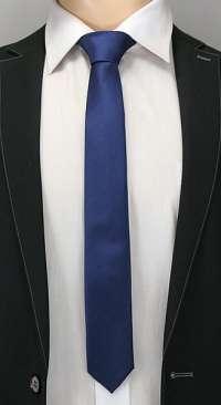 Tmavo-modrá prúžkovaná pánska kravata