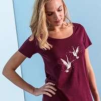 Blancheporte Krátka nočná košeľa s potlačou vtákov čerešňová